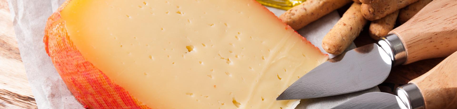 Essen+Käse+Balearen+GI-495356820.jpg