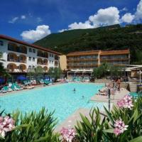 Hotel Majestic Palace In Malcesine Gardasee Buchen Check24