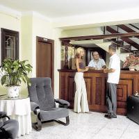 Hotel Hostal Alfonso In Cala Ratjada Mallorca Buchen Check24