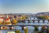 Valentinstag in Prag: Eine Nacht im Vier-Sterne-Hotel kostet hier nur 34 Euro.