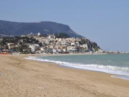 Mobilheim Mieten Italien Adria : Adria holidays