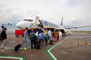 Ryanair-Passagiere beim Boarding