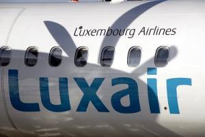 Luxair Bombardier Q400 Logo und Propellerschatten
