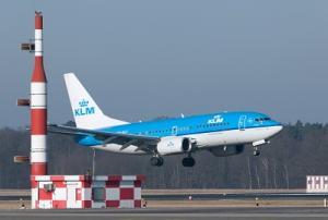 KLM Flugzeug startet