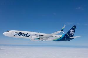 Alaska Airlines Boeing 737 im Flug