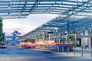 Flughafen Nuernberg Vorplatz