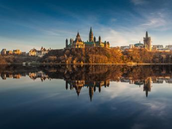 6314+Kanada+Ottawa+Parliament_Hill+GI-488513715