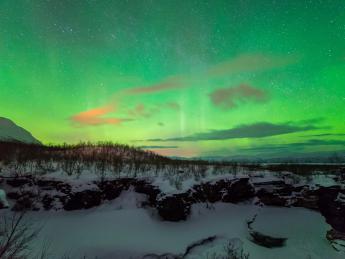 6088+Schweden+Abisko+Aurora_im_Abisko_National_Park+GI-1159863739