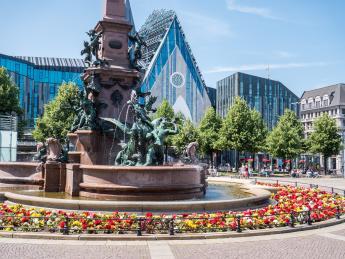 8136+Deutschland+Leipzig+Augustusplatz+GI-1138877019