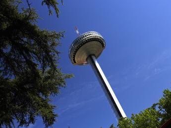 Moncloa-Turm - Madrid