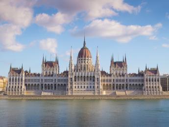 9404+Ungarn+Budapest+Parlamentsgebäude+TS_466219497