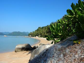 Pantai Kok (Burau Bay)