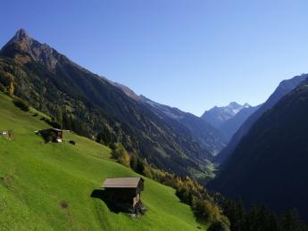 6630+Österreich+Zillertal+TS_140478489