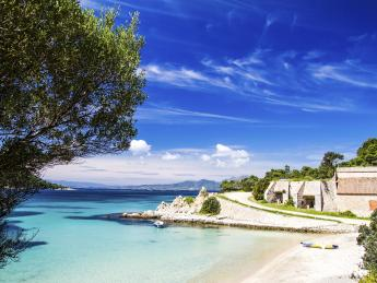 3162+Italien+Sardinien+Olbia+Küste_von_Olbia+TS_178075289