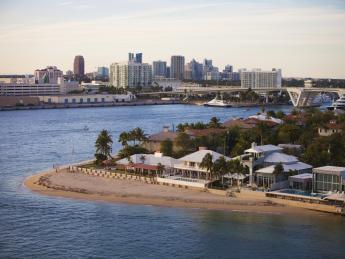 4296+USA+Florida+Fort_Lauderdale+_Port_Everglades+TS_180907755