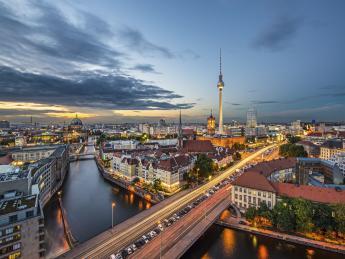 8734+Deutschland+Berlin+Fernsehturm_+TS_185894906