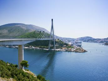 9090+Kroatien+Dalmatien+Dubrovnik+Franjo-Tuđman-Brücke+TS_181503036