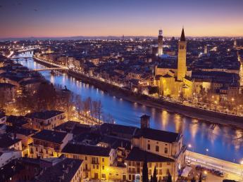 Etsch bei Nacht - Verona