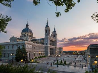 Kathedrale La Almudena - Madrid