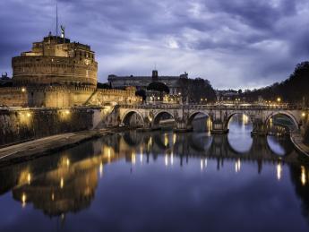 3275+Italien+Rom+Engelsbrücke_und_Engelsburg+GI-547019895