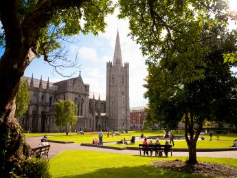 7209+Irland+Dublin+St._Patrick's_Cathedral+GI-580716285