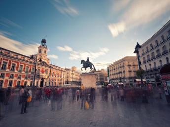 949+Spanien+Madrid+Puerta_del_Sol+GI-567071741