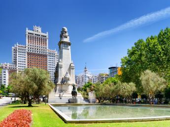 949+Spanien+Madrid+Plaza_de_Espana+GI-590068574