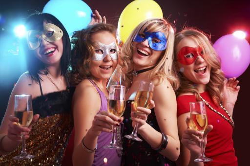 Warum verkleiden wir uns zum Karneval