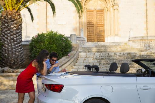 Spanien: Mallorca - Mietwagen - Paar - Karte