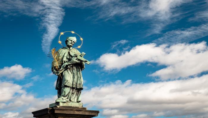 Karlsbrücke,Statue - Prag