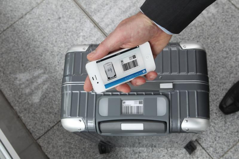 Zukunft des Reisens: Rimowa Bag 2 Go Smartphone
