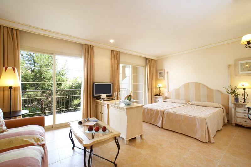 hotel vanity hotel suite spa in cala mesquida buchen check24. Black Bedroom Furniture Sets. Home Design Ideas